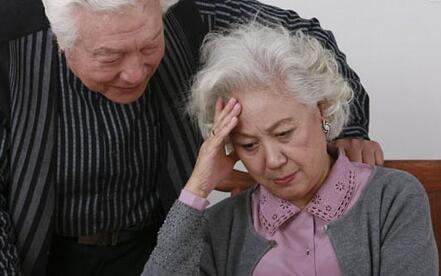 老人心慌,中老年妇女心慌是什么原因