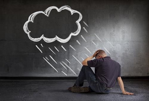 心情抑郁的原因,长期的心情低落是什么原因,是得了抑郁症了吗