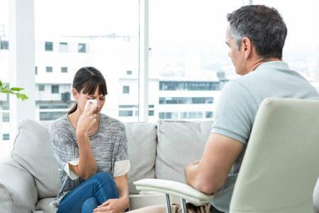 有没有心理咨询,有没有免费的心理咨询师,或者医生?