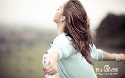 女生莫名的烦躁的原因,女人情绪真的会莫名的烦躁吗?