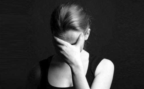 精神压抑的表现,长期处于压抑的环境及精神状态,会有哪些表现,该...